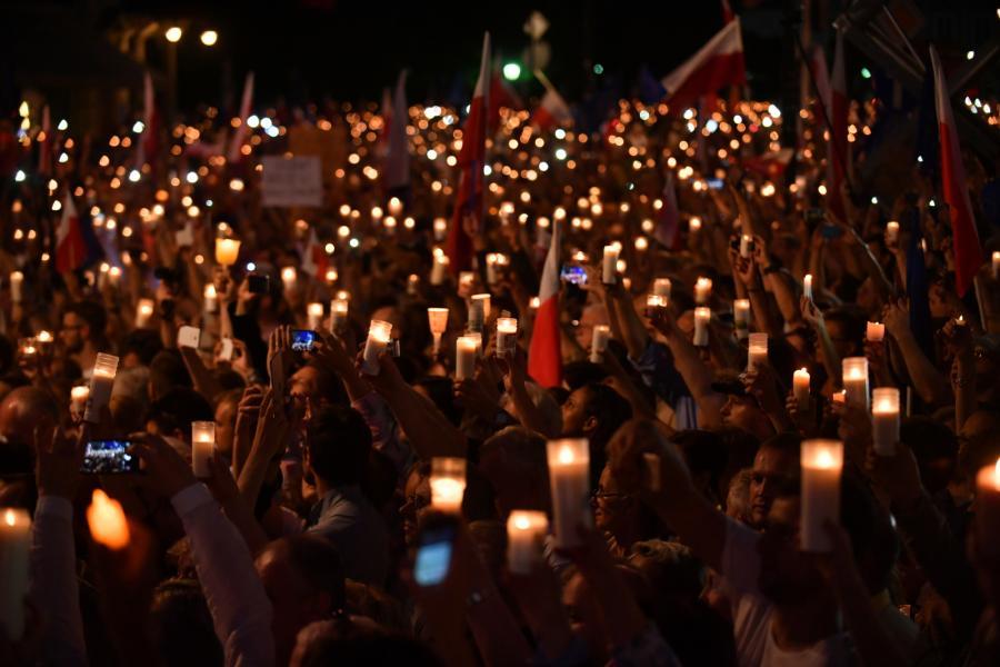 Protest pod Pałacem Prezydenckim