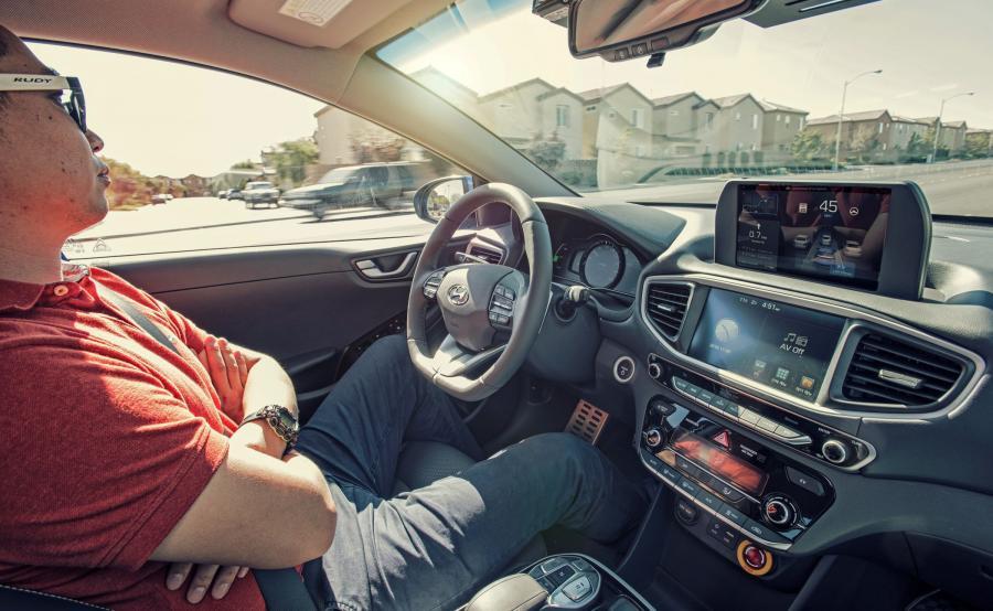 Hyundai IONIQ w wersji autonomicznej