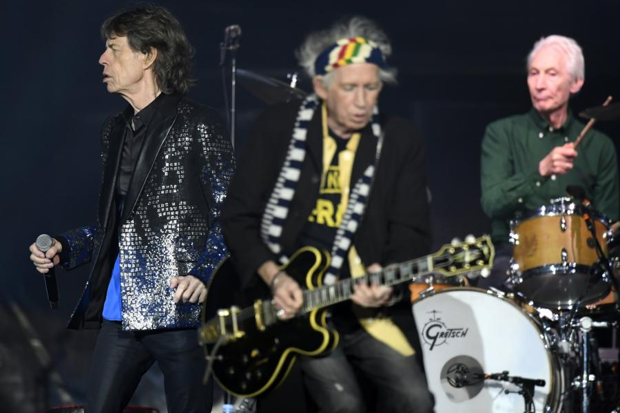 Mick Jagger, Keith Richards oraz Charlie Watts podczas koncertu The Rolling Stones w Zurychu, 20.09.2017