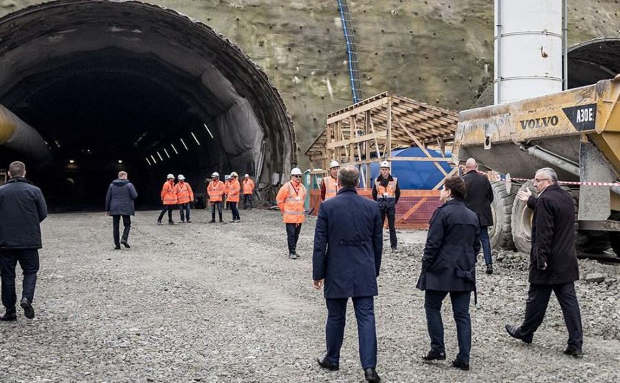 Minister Adamczyk zapewnił, że w 2021 r., kiedy będziemy jechać na Puchar Świata, już na pewno nie natkniemy się na zatory drogowe od Rabki w kierunku Myślenic