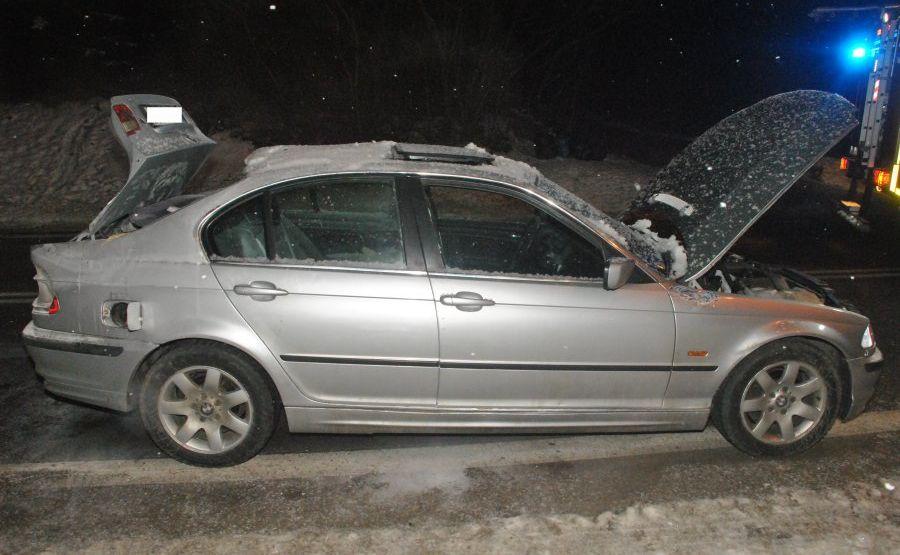 Gaz z bagażnika przedostał się do kabiny auta