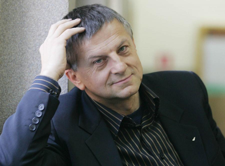 Andrzej Zybertowicz: Premier szukał kija na Kamińskiego, znalazł rózgę