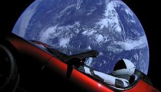 Samochód w kosmosie