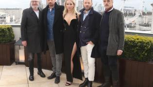 Francis Lawrence, Matthias Schoenaerts, Jennifer Lawrence, Joel Edgerton i Jeremy Irons