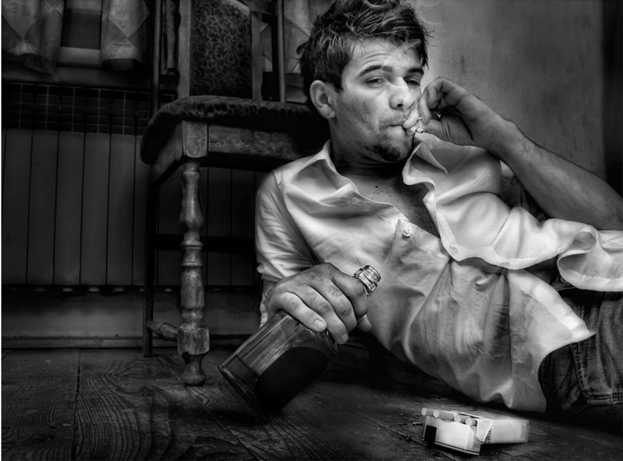 Jaki facet pije whisky, a jaki Red Bulla