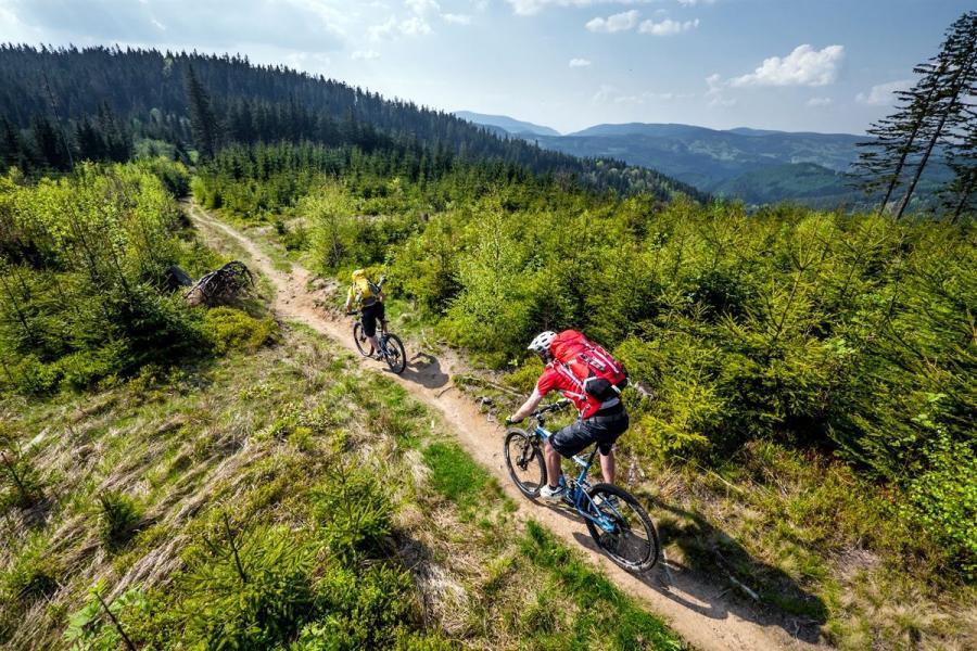 Trasy rowerowe w Beskidach. fot. Petr Slavík