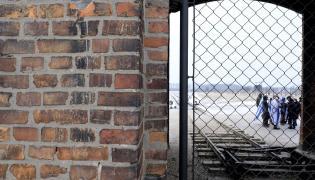 Brama obozu Auschwitz II-Birkenau