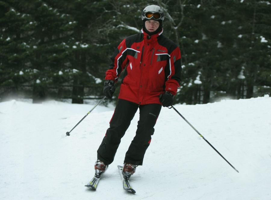 Olejniczak relaksuje się na nartach w Zakopanem