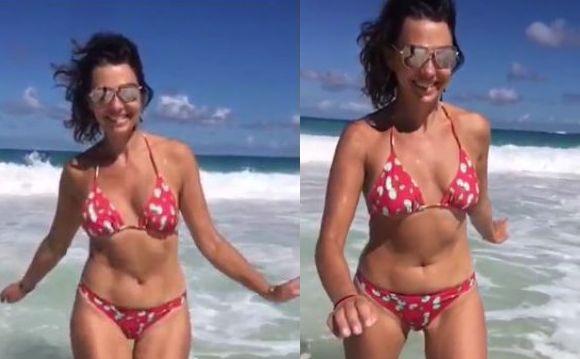 Anna Popek niczym Wenus wynurza się z morskich fal. Egzotyczne wakacje gwiazdy TVP [ZDJĘCIA]