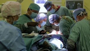 Skomplikowana rekonstrukcja twarzy przeprowadzona w olsztyńskim szpitalu
