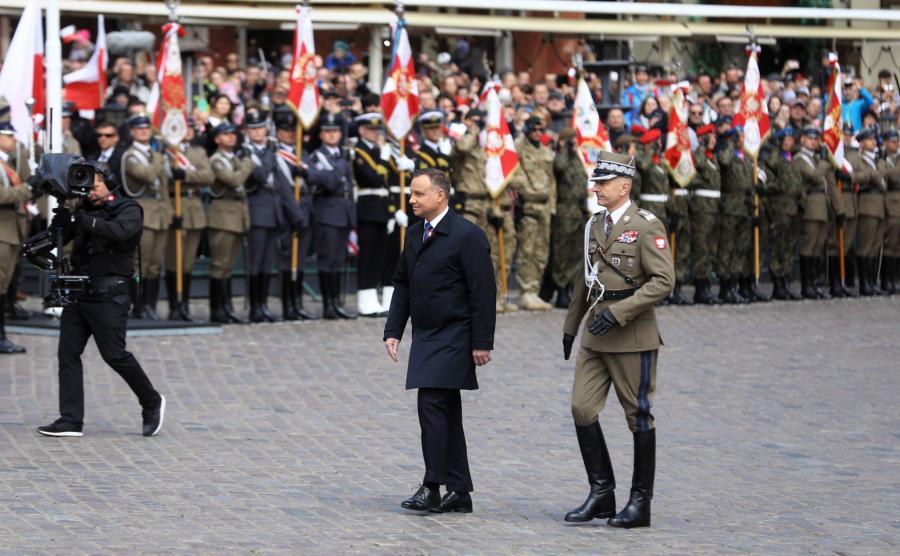 Andrzej Duda na placu Zamkowym