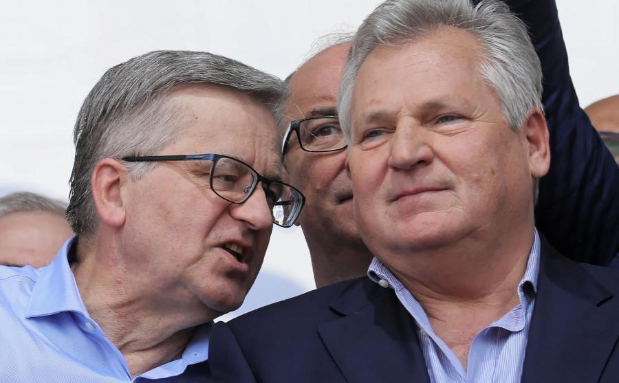 Byli prezydenci RP Bronisław Komorowski i Aleksander Kwaśniewski