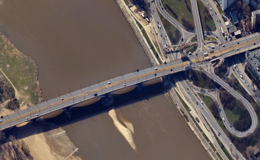 Odcinkowy pomiar prędkości na moście Poniatowskiego w Warszawie