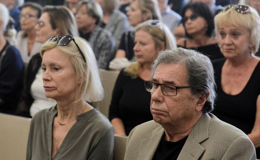 Aktorzy na pogrzebie Ryszarda Bugajskiego