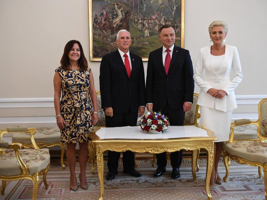Karen i Mike Pence oraz Andrzej Duda i Agata Kornhauser-Duda