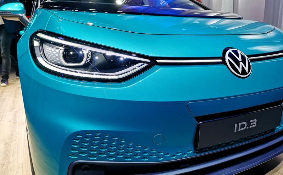 Volkswagen ID.3 jest pierwszym modelem z nowym logo VW
