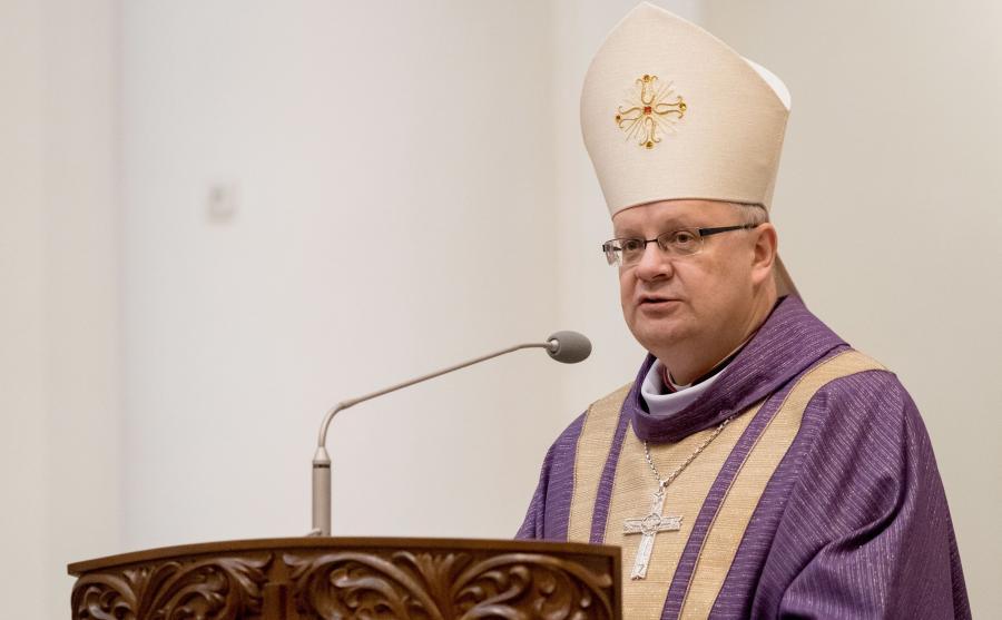 Biskup opolski Andrzej Czaja