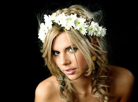Wybór ślubnej fryzury to jedna z ważniejszych decyzji panny młodej