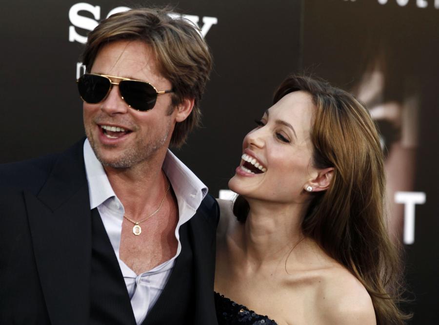 "Angelina i Brad na premierze ""Salt"""