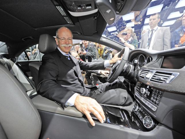 CEO Daimlera Dieter Zetsche i Mercedes-Benz CLS