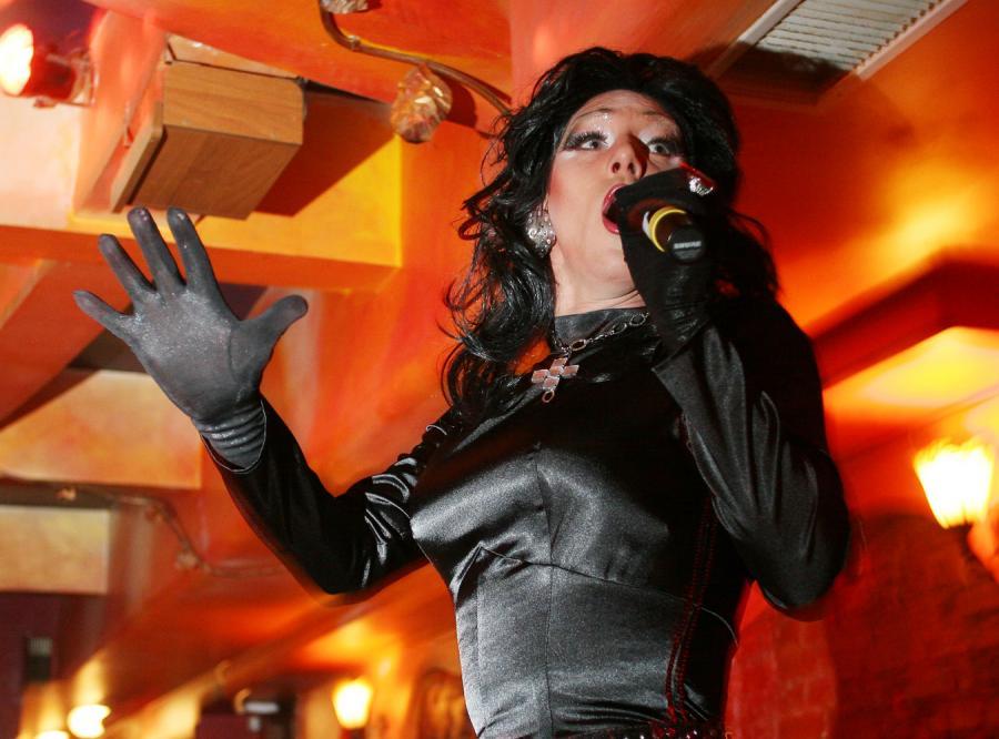 Minister Fedak zaprosiła drag queen