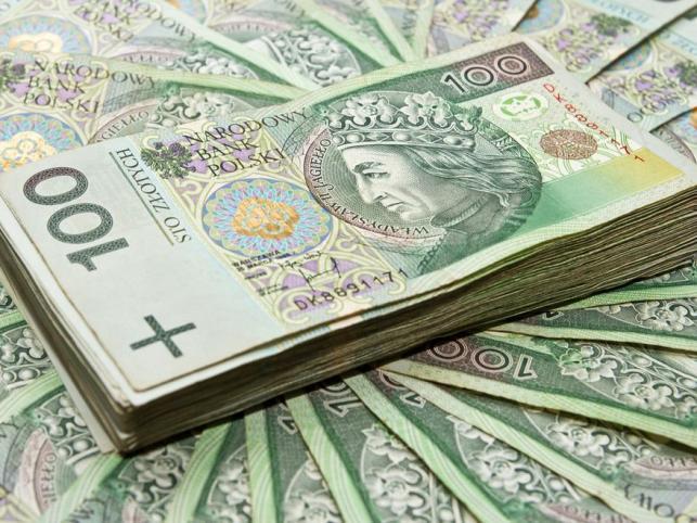 Rekordowe inwestycje na polskim rynku akcji i długu
