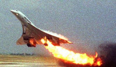 Concorde zapalił się w chwili startu. Wkrótce potem runął na ziemię