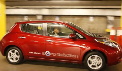 Pierwszy samochód elektryczny Nissana sprzedany