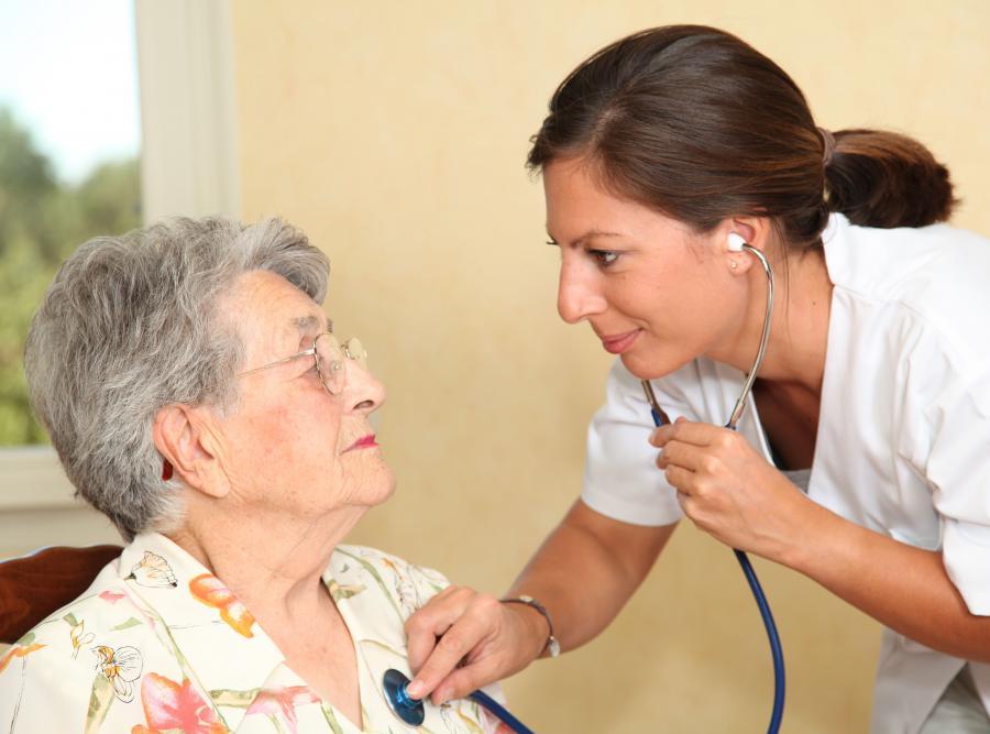 Seniorzy opychają się lekami
