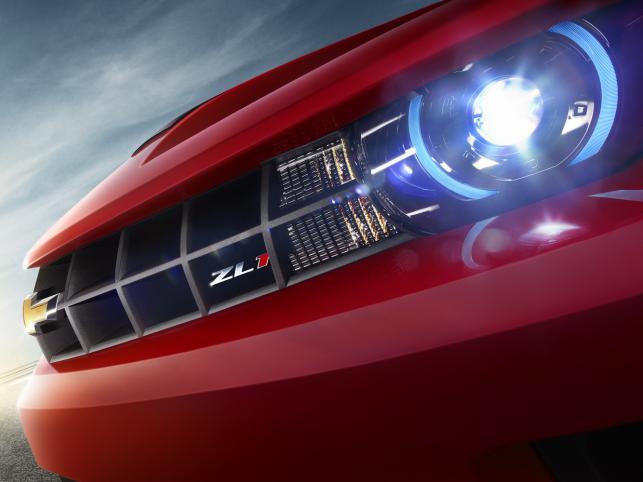 Oto chevrolet camaro ZL1 - amerykańska maszyna do produkcji adrenaliny i palenia opon; zadebiutowała podczas salonu samochodowego w Chicago. Dzięki doładowanemu silnikowi V8, o mocy 550 KM, model camaro ZL1 będzie najszybszym modelem w rodzinie camaro, jaki kiedykolwiek znalazł się w ofercie marki Chevrolet.
