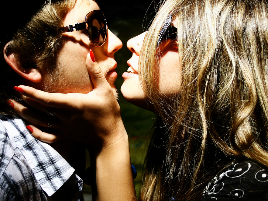 Pocałunki są wszędzie. Całuj się kto może!