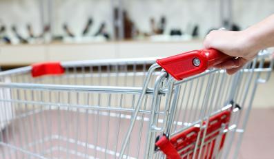 Dyskonty rządzą? Właściciele małych sklepów się nie poddają