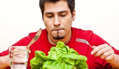 Wegetarianie bardziej świadomie dobierają składniki swojej diety