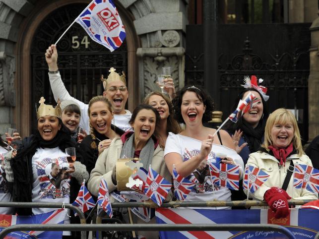 Brytyjczycy w ślubnej euforii