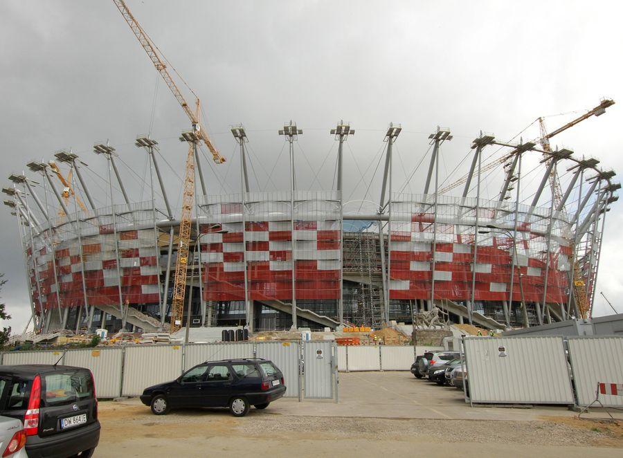 Przez opóźnienia na budowie Stadionu Narodowego mecz Polski z Niemcami w Warszawie jest zagrożony