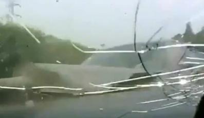 Dramatyczne wideo! Zobacz wypadki w oku kamery