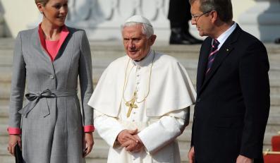 Papież Benedykt XVI z prezydentem Niemiec i jego małżonką