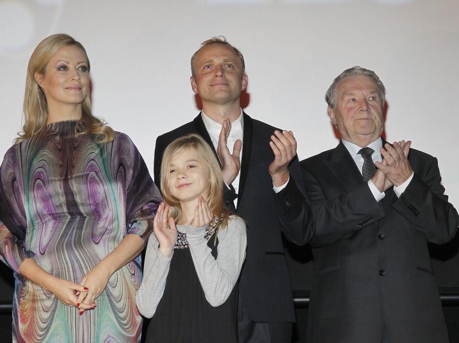 Agnieszka Wagner, Julia Wróblewska, Piotr Adamczyk i Leonard Pietraszak
