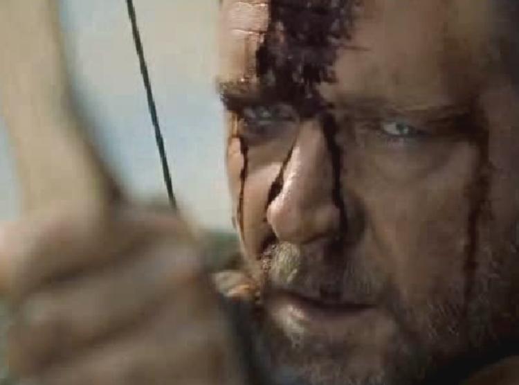 Russell Crowe jako brutalny Robin Hood u Ridleya Scotta