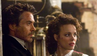 "Robert Downey Jr. i rachel McAdams w ""Sherlocku Holmesie"" Guya Ritchiego"