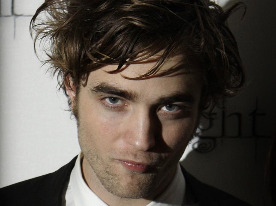 Robert Pattinson uwodzi piękne panie