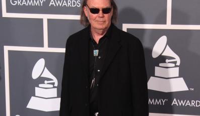 Neil Young pracuje nad nowym materiałem z zespołem Crazy Horse