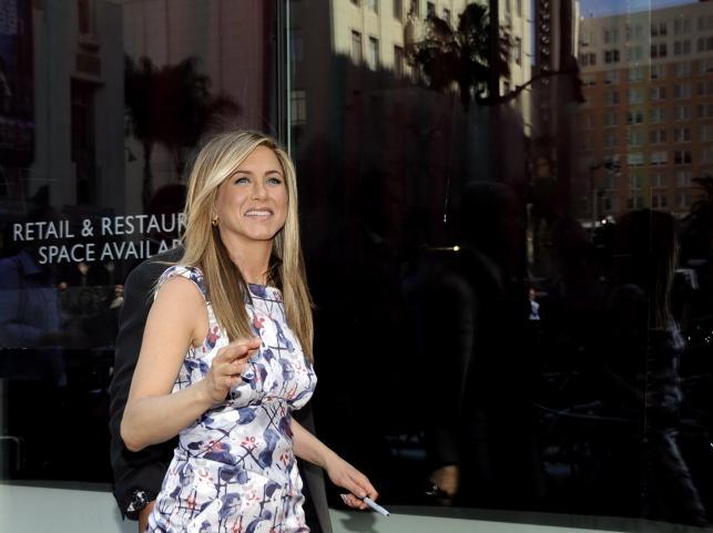 Jennifer Aniston uwieczniona na słynnym chodniku wzdłuż Hollywood Boulevard