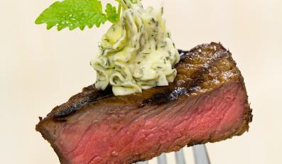 Czerwone mięso przyczynia się do rozwoju raka
