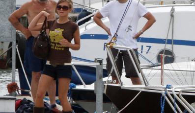 Kasia Tusk uwielbia futrzane kozaczki, nawet w lecie