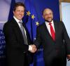 Hugh Grant i Martin Schulz w Parlamencie Europejskim