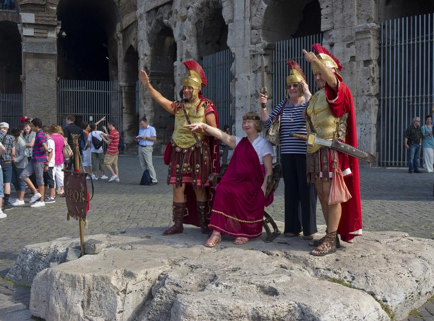 rzym koloseum legioniści rzymianie