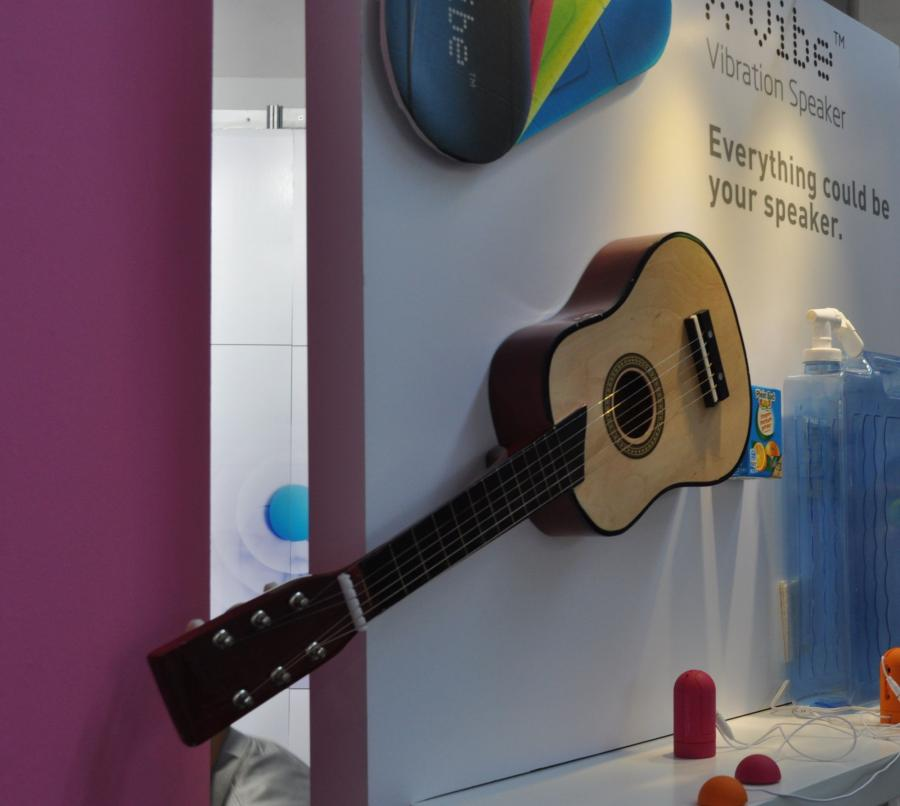 Zamień gitarę w głośnik