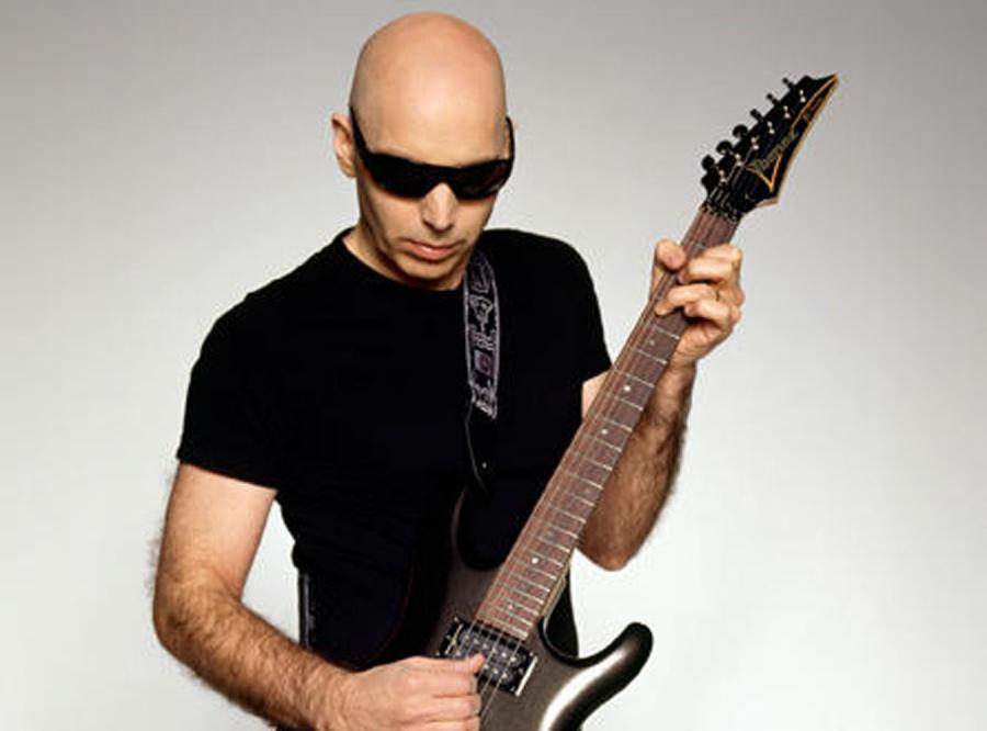 Joe Satriani koncertowo z Paryża