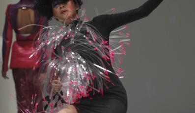 Upadek na wybiegu Singapur Fashion Week
